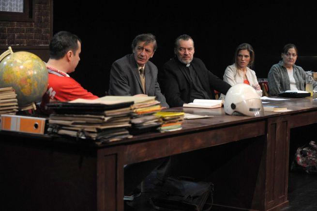 Katona László, Mucsi Zoltán, Tamási Zoltán, Sárközi-Nagy Ilona, Egri Kati (balról jobbra) Fotó: K 2 PRESS