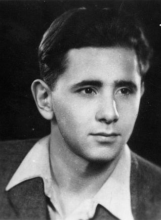 David Gur, azaz Grosz Endre 1944-ben